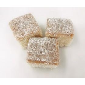 Vanilla Almond Square Cakes, Kokosanki (Kókusz Kocka) Approx. 12-15oz